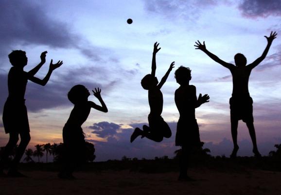 बचपन पर हिन्दी कविता - Poem On Childhood in Hindi Bachpan