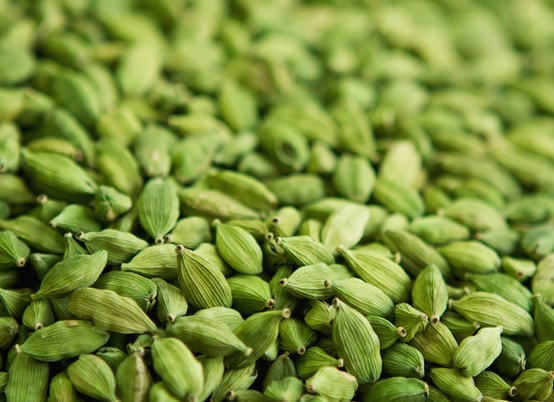 इलायची के 33 फायदे - Elaichi Ke Fayde Hindi Me Cardamom benefits in hindi
