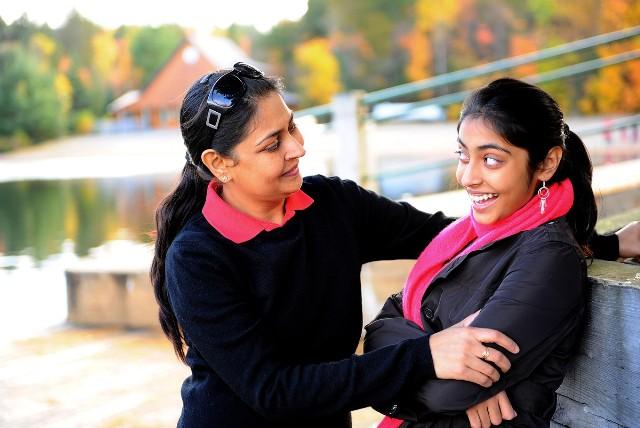 बेटियों पर हिन्दी कविता - Hindi Poem On Betiyan - Beti Par Kavita
