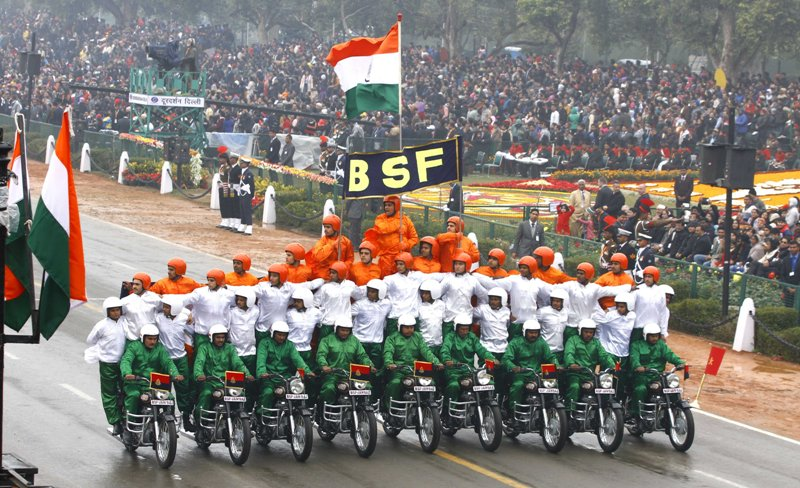 Short Poem on Republic day in Hindi - गणतंत्र दिवस कविता gantantra diwas