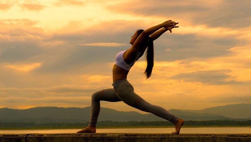 योग दिवस पर एक बढ़िया कविता - Poem On Yoga in Hindi kavita poetry rachna